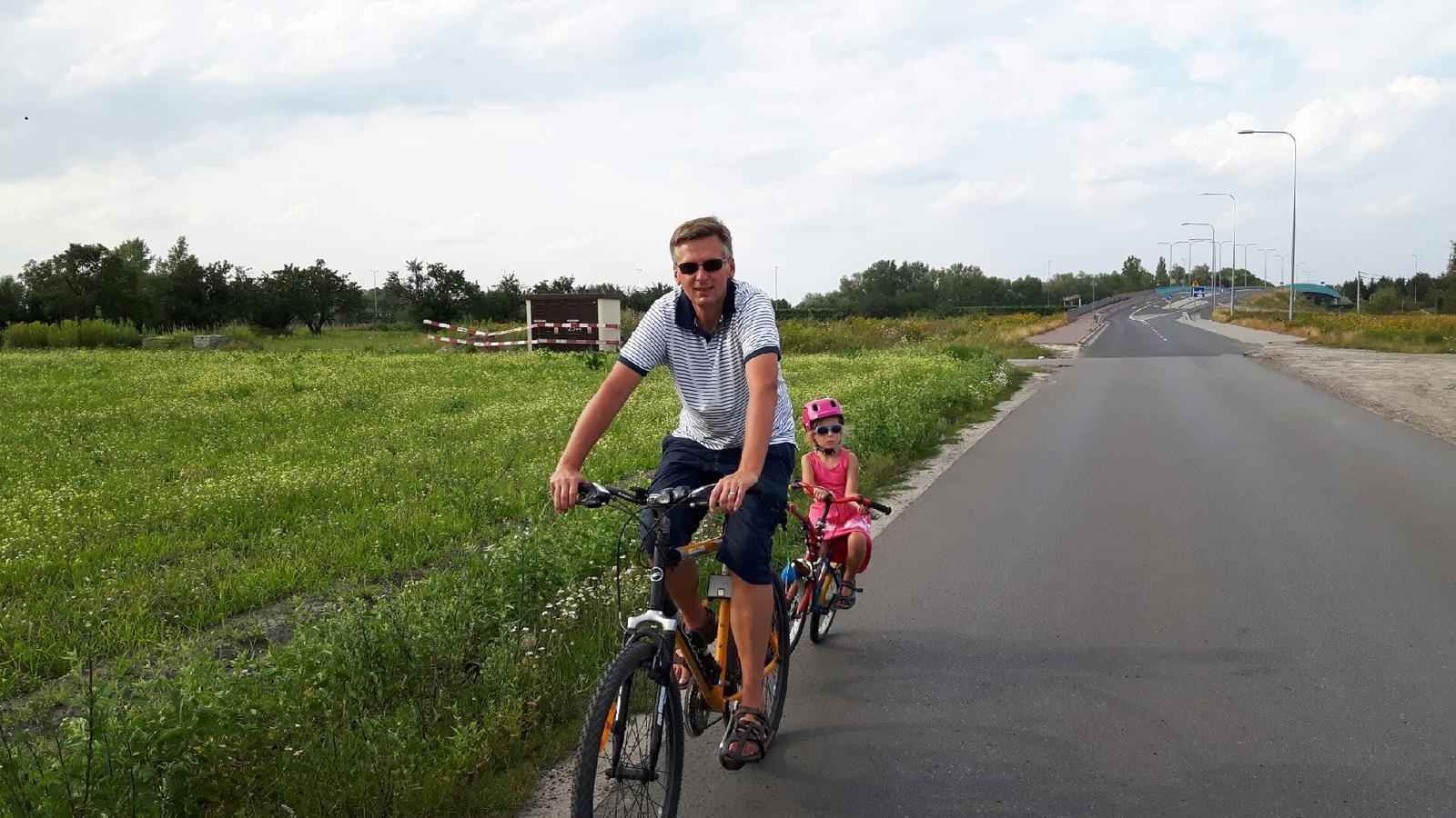 ortopeda Rafał Mikusek-zalety jazdy na rowerze